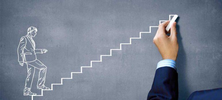 Por que investir em sua formação superior em tempos de crise?