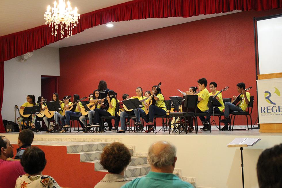 Pela 19ª vez Faculdade Reges realiza com Sucesso a Semana de Educação e Linguagem