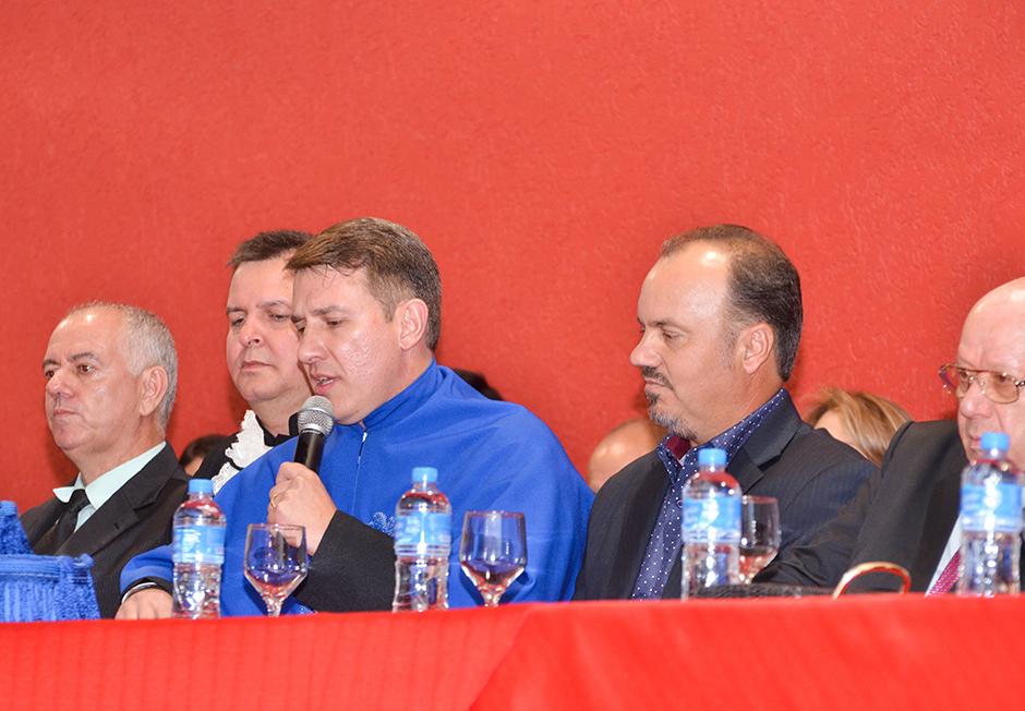 Faculdade Reges de Osvaldo Cruz realiza Colação de Grau solene para os concluintes de Administração e Pedagogia